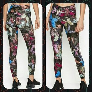Nwt Xl butterfly print leggings vsx